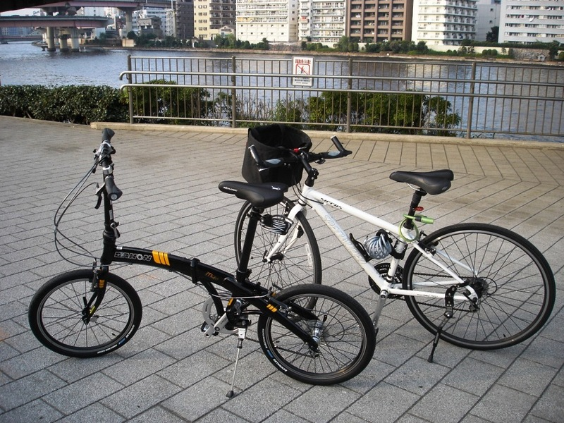 Dahon_and_shirrus_060806_021