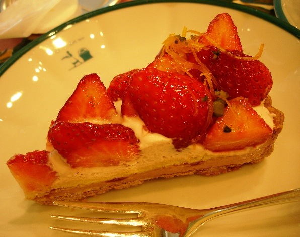 Strawberry_tart_060507_042