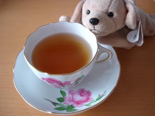 Tea_time_060903_008