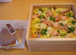 050526_chirashi_sushi__dorayaki