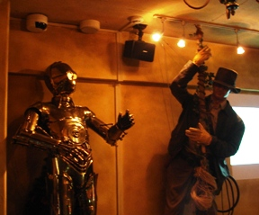 060127_c3po_and_indiana_jones_016