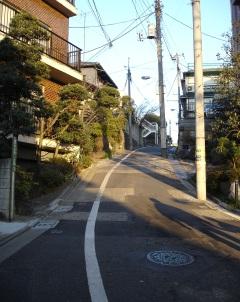 060129muna_tsuki_zaka_2__041