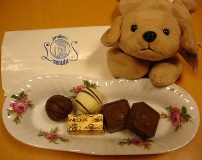 060211leonidas_belgium_chocolate__003