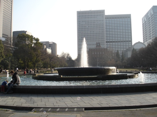 060305fountain_of_hibiya_park_and_soup_bubble__047