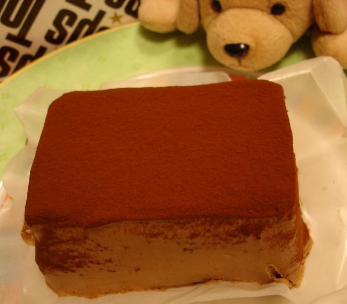 060318tops_chocolate_cake_1__019
